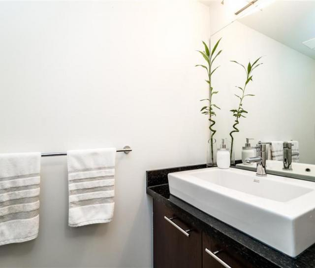 TH4 - 1288 Chesterfield Avenue, Central Lonsdale, North Vancouver 2